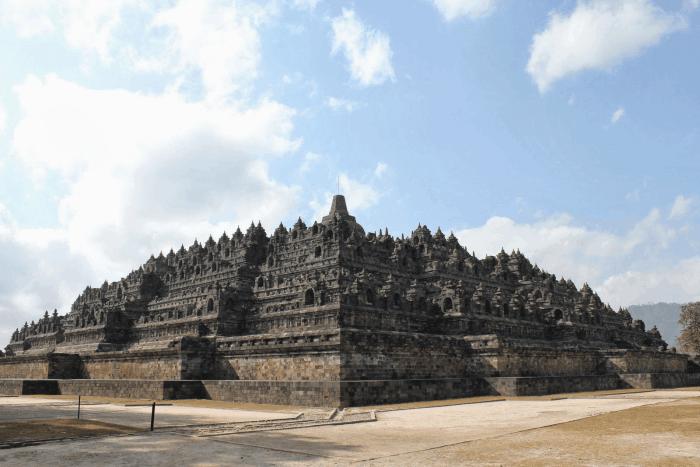 Kehidupan Politik Kerajaan Mataram Kuno
